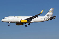 Airbus A320-200 der Vueling