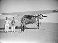 ETH-BIB-Drei Männer vor Fokker-Tschadseeflug 1930-31-LBS MH02-08-0340.tif
