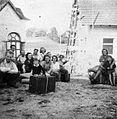 Ekipa EM pred odhodom iz Št. Jurija 1948.jpg