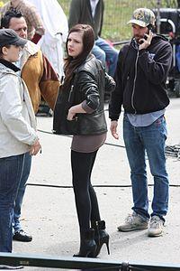 Emily Meade filming Twelve in Central Park, 21-04-09.jpg