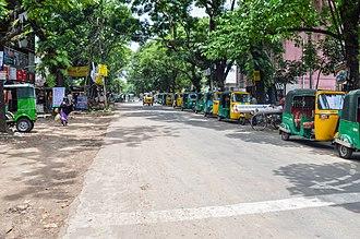 University of Chittagong - Image: Entrance road at University of Chittagong (02)