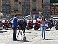 Equipo de Telecinco en Segovia, España, 2017 01.jpg