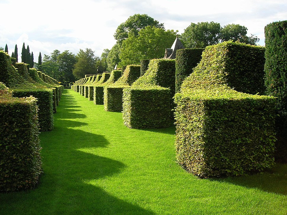 Eyrignac Manor - Gardens-02
