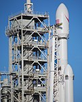 Falcon Heavy — Closeup of Upper Section (39442569544).jpg