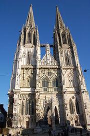 Fassade St.Peter Regensburg