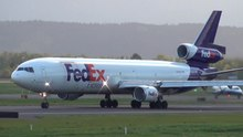 ファイル:FedEx N644FE MD-11 Takeoff Portland Airport (PDX).ogv