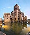 Ferrara -- Castello Estense --.jpg
