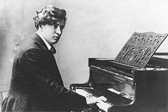 Piano Concerto (Busoni) - Ferruccio Busoni at the piano.