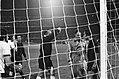 Feyenoord tegen Barcelona 0-0, Europacup Barcelonatrainer Michels wordt weggest, Bestanddeelnr 927-5352.jpg