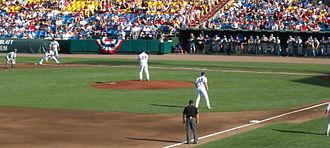 UCLA Bruins baseball - UCLA vs. Florida at 2010 CWS