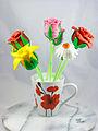 Flower Cake Pop (8681979432).jpg