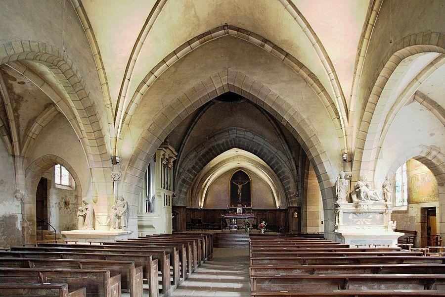Nef de l'église Saint-Bernard de Fontaine-lès-Dijon