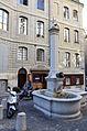 Fontaine Le Grand-Mézel 02.jpg