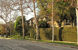 Hancock Park, Los Angeles - A typical street in Hancock Park, Fourth Street