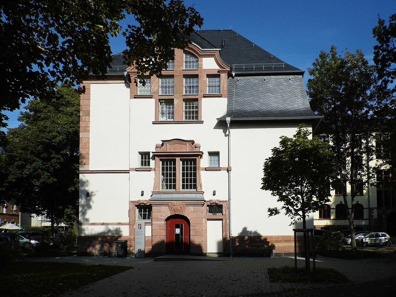 Mode 3 for Mode und bekleidung schule frankfurt