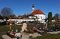 Friedhof und Kirche, St. Pantaleon.jpg