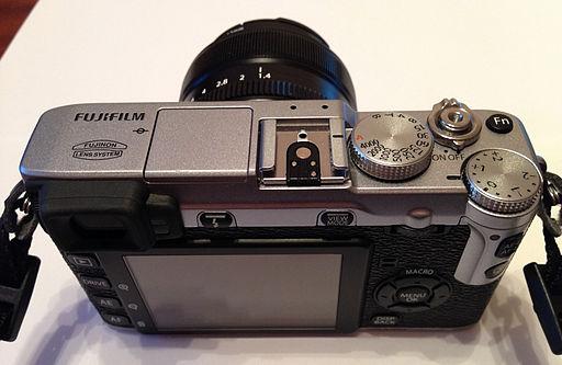 Fujifilm-X-E1-top