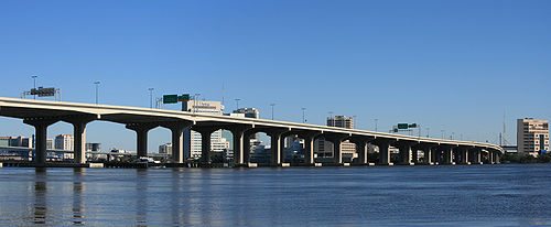Fuller Warren Bridge, Jacksonville FL 1 Panorama.jpg