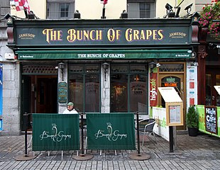 Galway-Pub-14-The Bunch of Grapes-gje.jpg