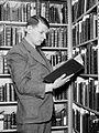 Giles E. Dawson 1938 cropped.jpg