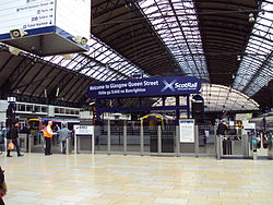 Glasgow Queen Street station - DSC06139.JPG