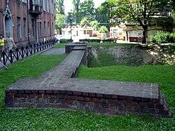 Gliwice - Ruiny bramy Czarnej (Raciborskiej).