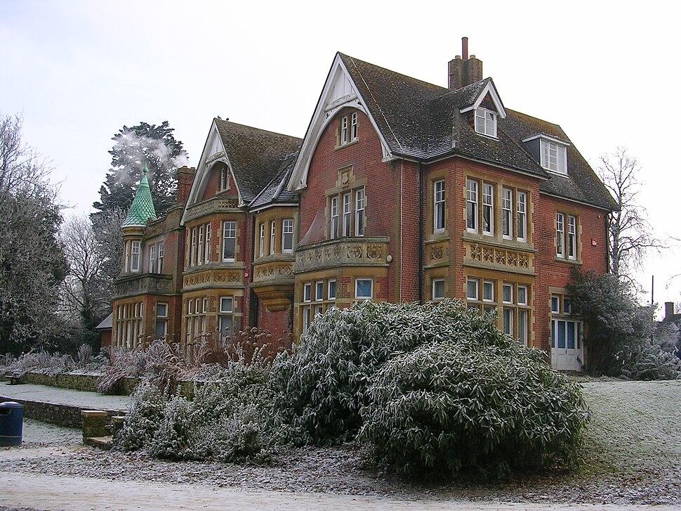 Goff's Park House, Crawley, winter scene