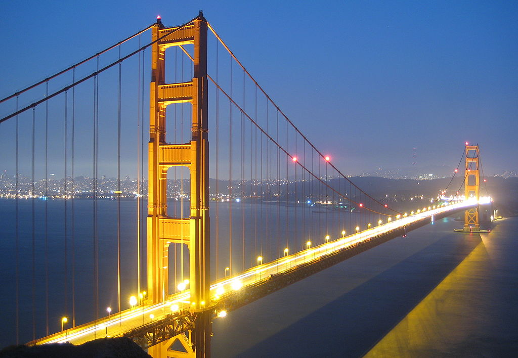 file golden gate bridge bei nacht jpg wikimedia commons. Black Bedroom Furniture Sets. Home Design Ideas