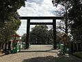 Grand torii of Miyazaki Shrine from inner side.jpg