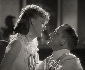 Greta Garbo-Fredric March in Anna Karenina trailer.jpg