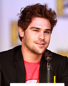 grey damon american horror story