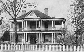 Beaver Creek Plantation - Crawford Plantation, Lowndes County, Mississippi, home of George W. Hairston, c. 1909. Part of the empire of Hairston homes and plantations scattered about the South