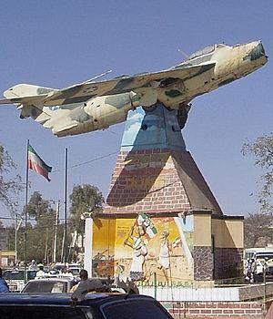 Hargeysa plane monument2