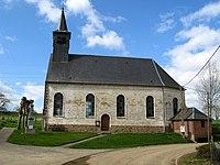 Harponville église et monument-aux-morts 1.jpg
