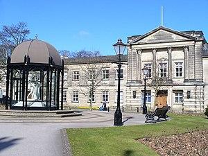 Harrogate - Harrogate Town Hall