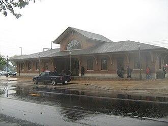 Hegewisch station - Image: Hegewisch South Shore Line Station