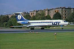 Hijacked LOT Tupolev Tu-134 at Tempelhof Manteufel.jpg