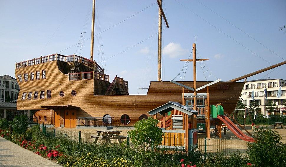 Hotel Playground Yachthafenresidenz Hohe Düne Rostock 2