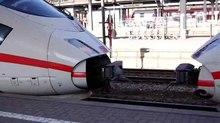 File: ICE coupling wing train Wuerzburg IMGP3949 smial wp.ogv