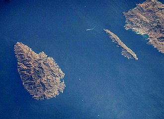 SS Burdigala - The channel between Kea (left) and Makronisos where Burdigala sunk.