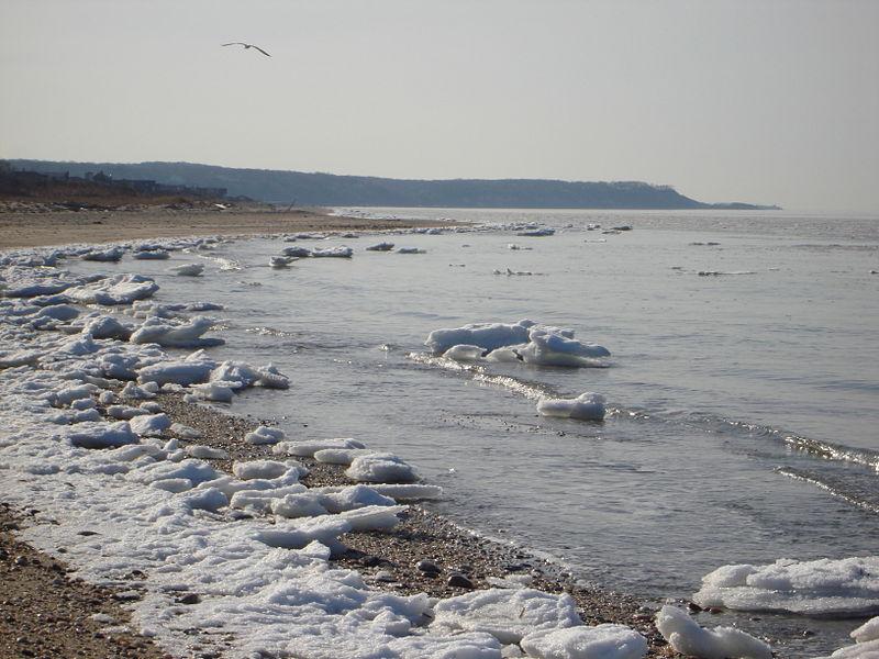 File:Icy waters of Miller Place Beach.JPG