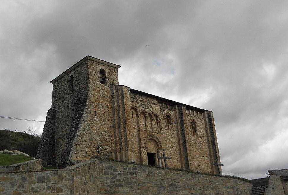 Iglesia de San Miguel de Corullón (4540059961)