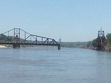 Illinois Central Missouri River Bridge.jpg