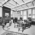 Interieur, overzicht van de vergaderzaal - 's-Gravenhage - 20389998 - RCE.jpg