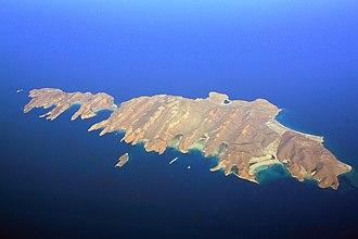 Isla Espíritu Santo - Aerial view of Isla Espíritu Santo (right) and Isla Partida (left)