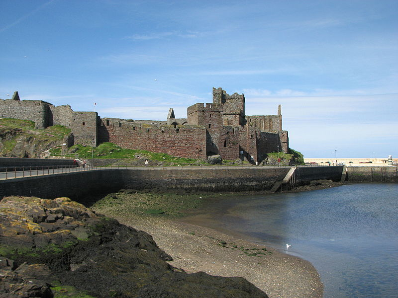 File:Isle of Man Peel Castle.jpg