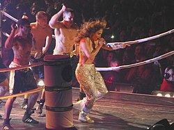 Jennifer Lopez durante il Dance Again World Tour, ottobre 2012