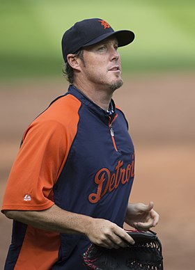 Joe Nathan (15238209590).jpg