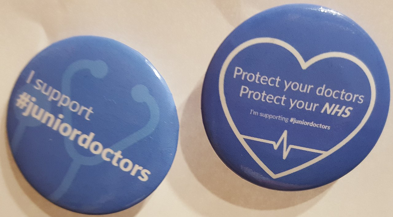 1280px-Junior_doctors_support_badges.jpg?profile=RESIZE_710x