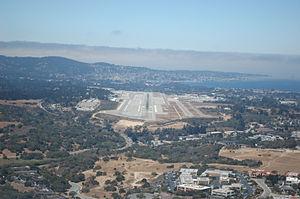 Monterey Regional Airport - Final approach for Runway 28L